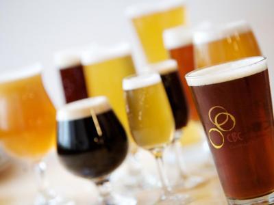 Waarom mensen zoveel alcohol drinken?